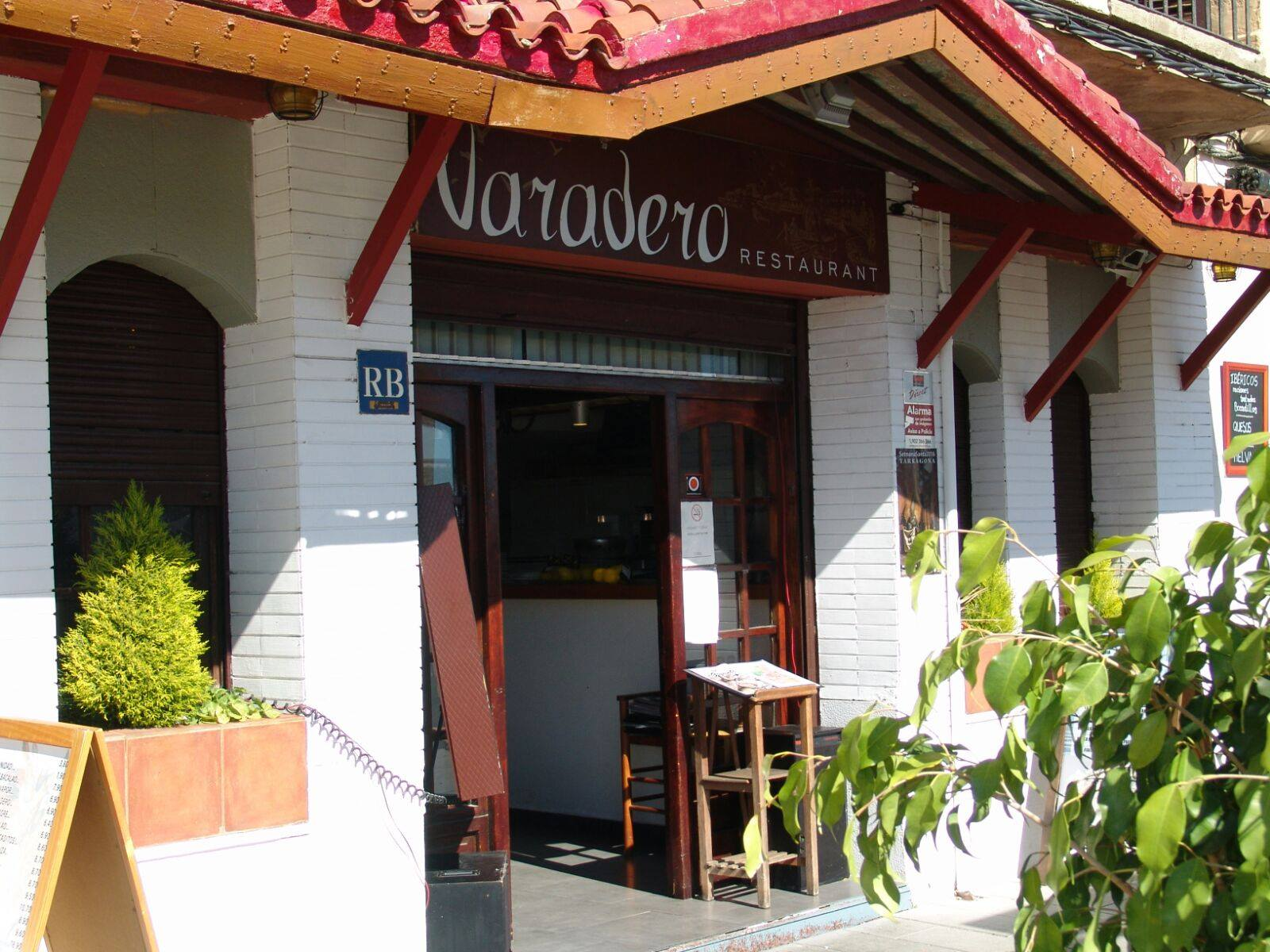 entrada restaurante varadero serrallo Tarragoana